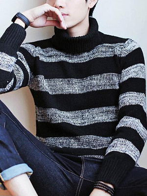 Men'S Turtleneck Striped Rib Knit Sweater