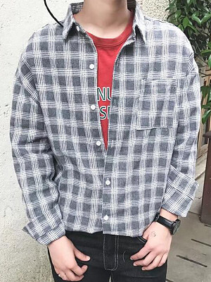 Men Plaid Patch Pocket Turn Down Collar Shirts