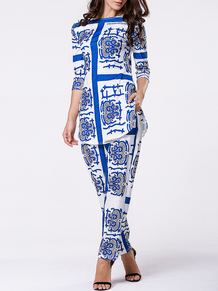 Boat Neck Side-Vented Printed Top And Mid-Rise Straight Pants