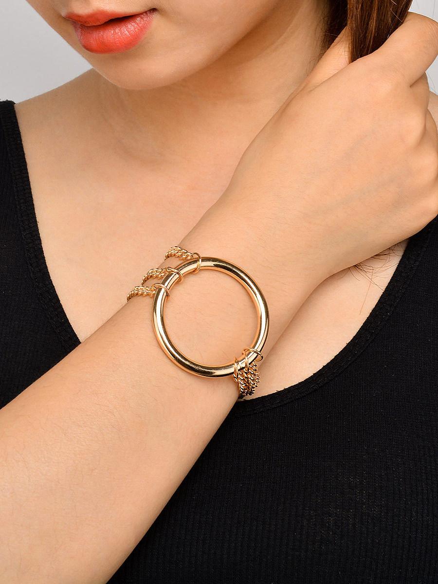 Gold Circular Pendant Chain Bracelet