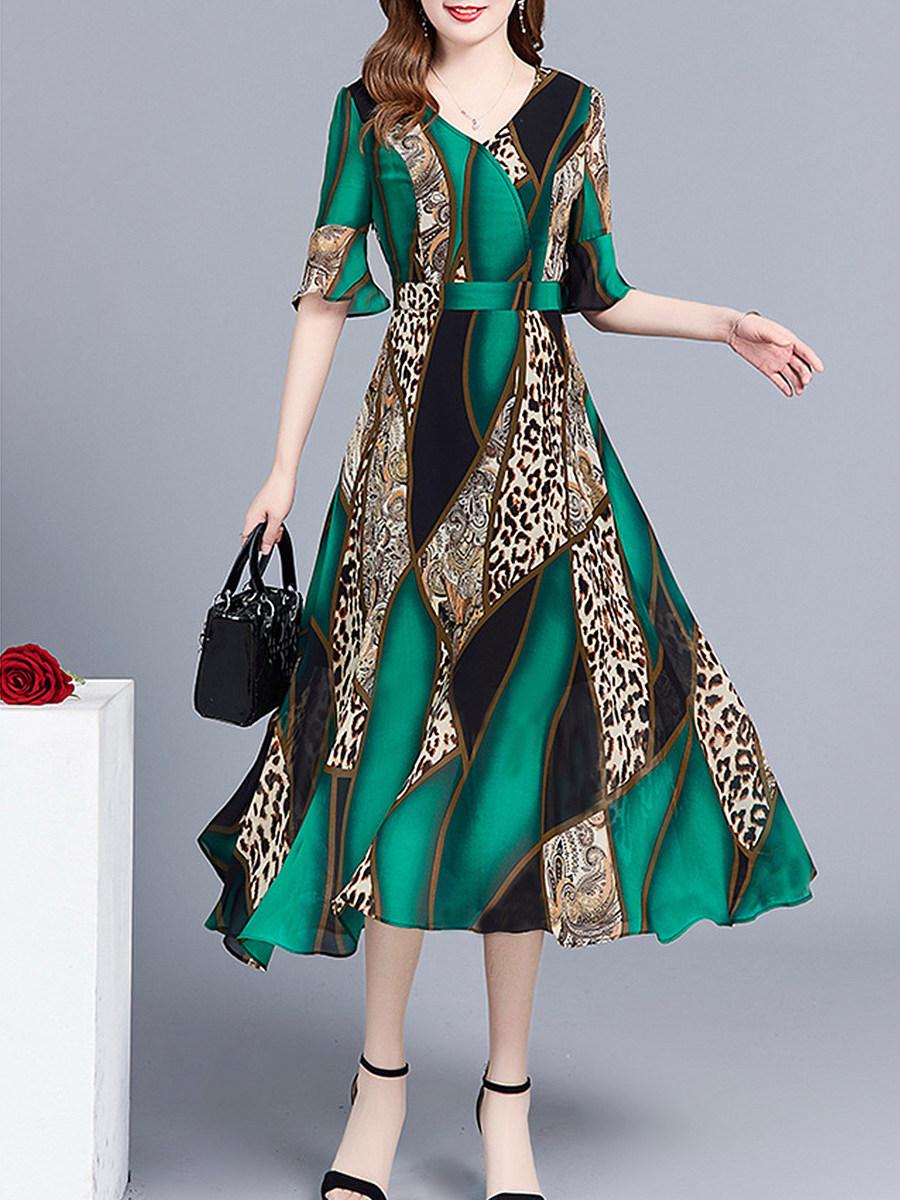 BerryLook V Neck  Printed Maxi Dress