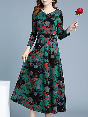 Sweet Heart Floral Printed Maxi Dress