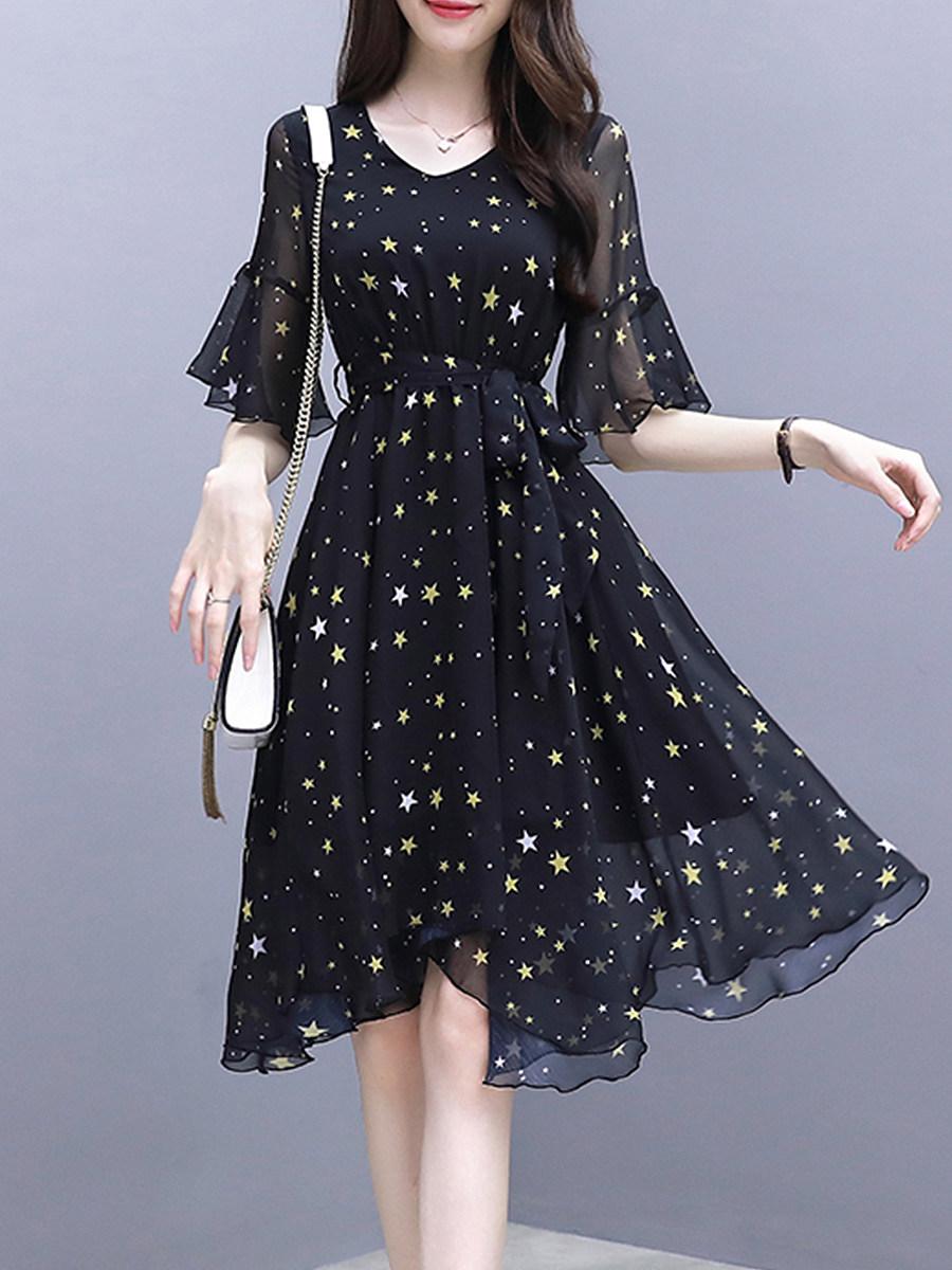 V Neck Star Bell Sleeve Skater Dress