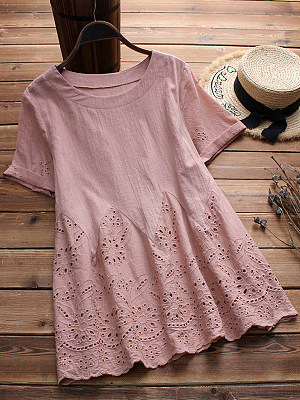 Round Neck  Loose Fitting  Embroidery Plain Blouses