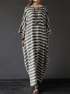 Oversized Striped Round Neck Pocket Maxi Dress collar_&_neckline:round neck, embellishment:slit pocket, material:blend, occasion:vacation, season:spring, sleeve_length:three quarter sleeve, style:casual, package_included:dress*1, supplementary_matters:accessory is excluded., cloth length:115,sleeve length:51,bust:143,