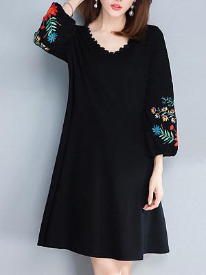 V-Neck  Embroidery Shift Dress