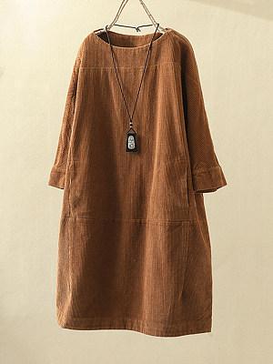 Round Neck Patch Pocket Plain Shift Dress, 9220100