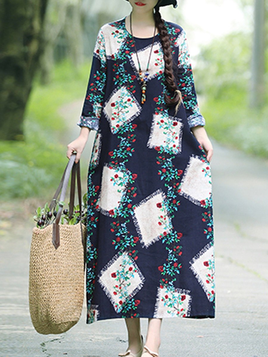 Round Neck  Patch Pocket  Print Maxi Dress