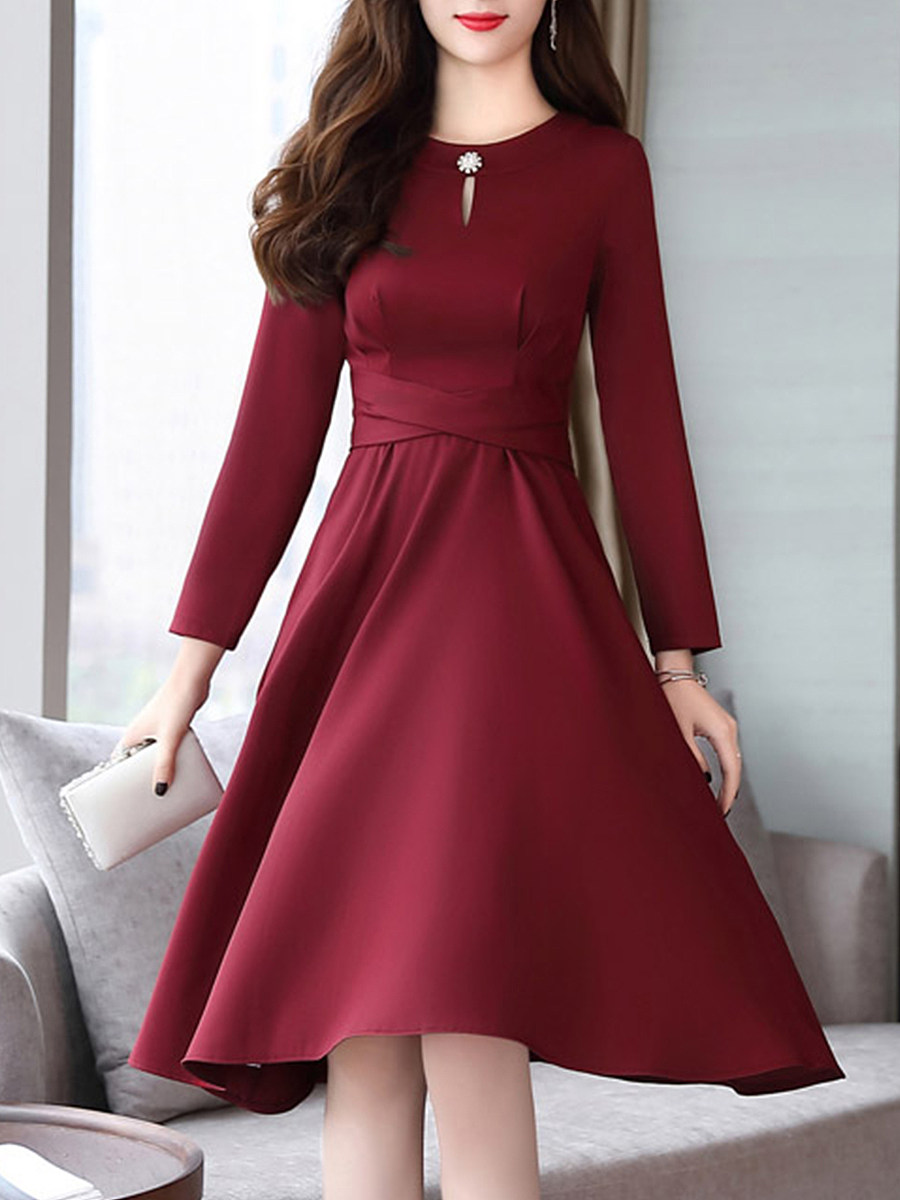Round Neck  Beading Patch Pocket  Plain Skater Dress