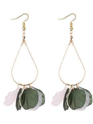 Berrylook coupon: Acrylic Leaf Shape Women Earrings
