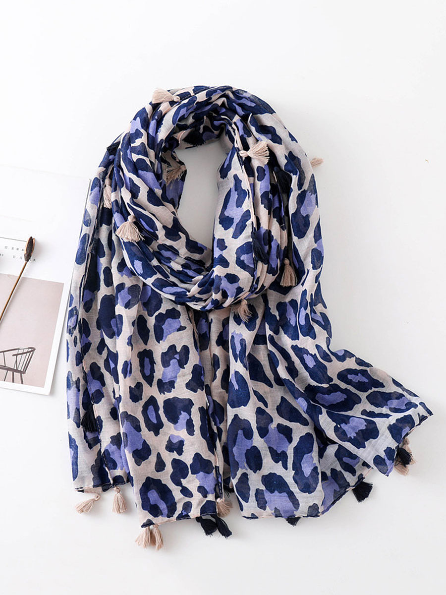 BerryLook Women Leopard Print Sexy Fashion Stylish Scarves