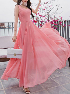 V-Neck  Plain Maxi Dress dress_silhouette:empire line, material:chiffon, occasion:date, package_included:dress*1, pattern_type:plain, season:spring*summer, sleeve_length:sleeveless, how_to_wash:cold  hand wash, supplementary_matters:accessory is excluded., length:123,shoulder:37,bust:112,waist:94,