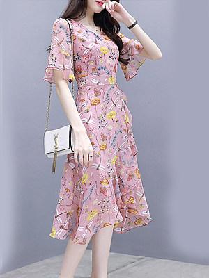 Sweet Heart Asymmetric Hem Floral Printed Bell Sleeve Shift Dress, 4836922