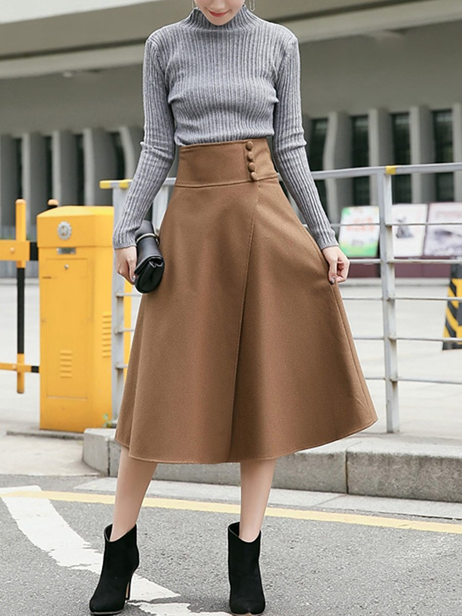 Decorative Button Plain Woolen Flared Midi Skirt