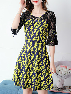 Round Neck Patchwork Lace Print Bell Sleeve Shift Dress