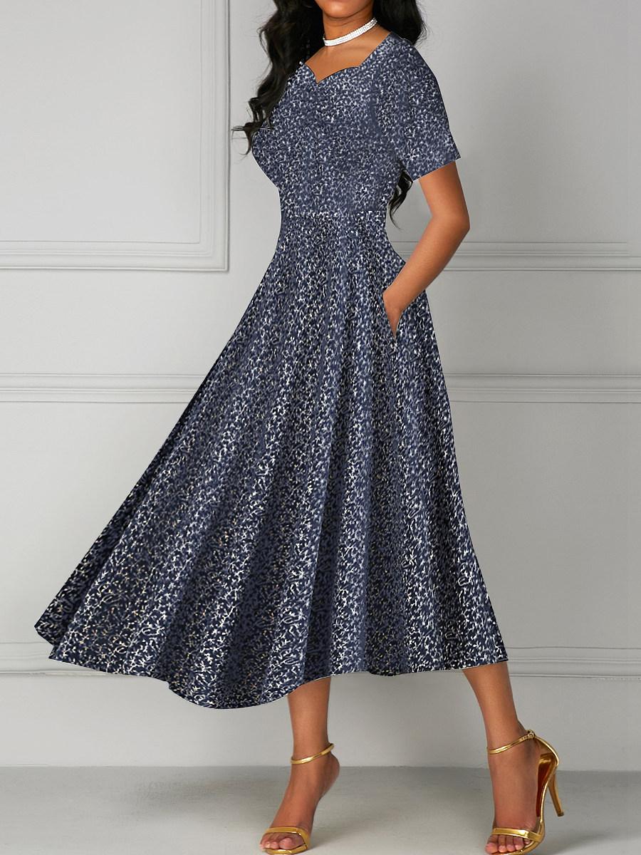 Date Sweet Heart Printed Maxi Dress