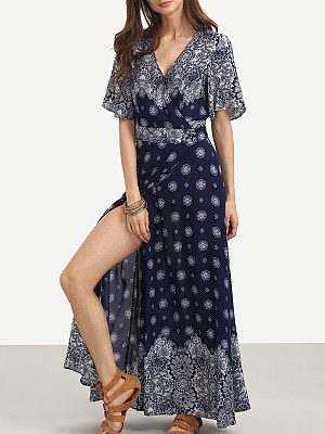 V Neck  Slit  Print Maxi Dress collar_&_neckline:v neck, embellishment:slit, material:cotton, occasion:basic*casual, package_included:dress*1, pattern_type:print, season:summer, sleeve_length:short sleeve, style:casual, how_to_wash:cold gentle machine wash, supplementary_matters:all dimensions are measured manually with a deviation of 2 to 4cm., length:145,shoulder:39,bust:98,