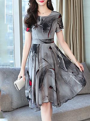 Round Neck Asymmetric Hem Print Skater Dress, 6554163