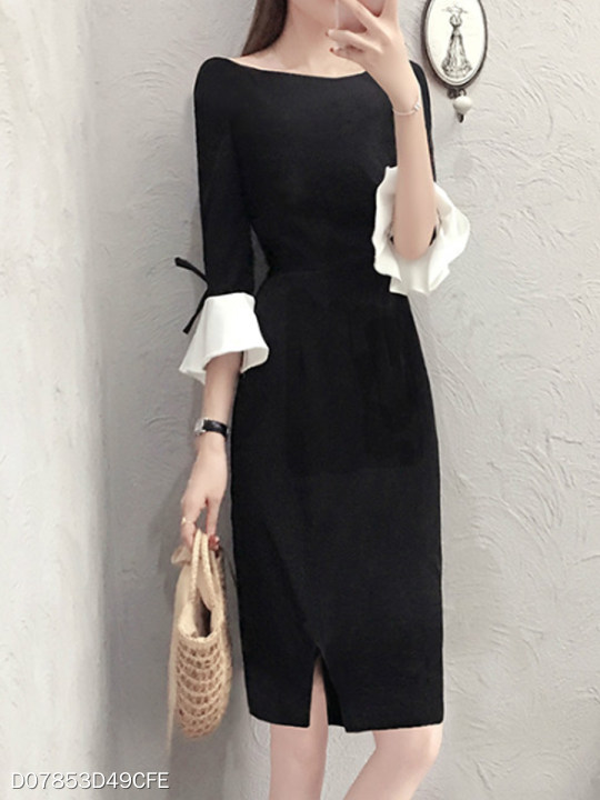 Round Neck Slit Color Block Bell Sleeve Shift Dress