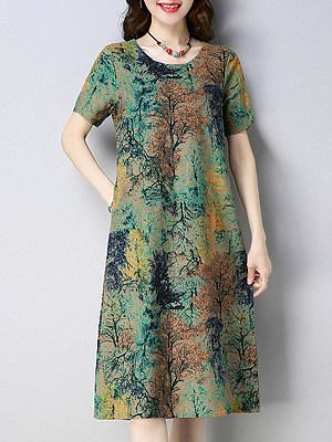 Round Neck Patch Pocket Print Shift Dress, 6317229