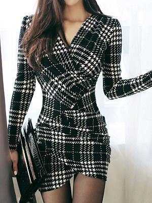V-Nec Plaid Mini Bodycon Dress фото