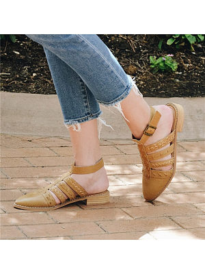 Casual Hollow Buckle Pointed Toes Low-Heel Sandals, 8500327