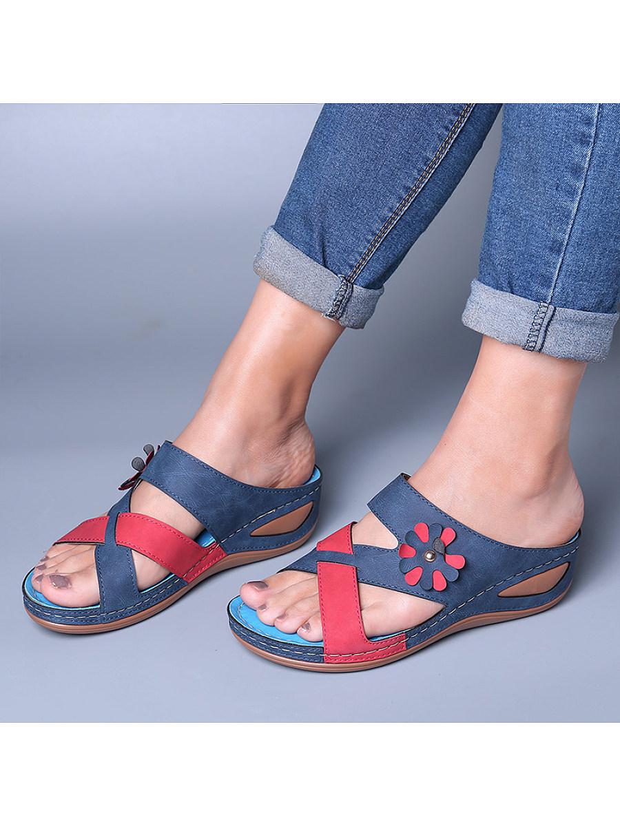 BerryLook Women's comfortable contrast color wedge slippers