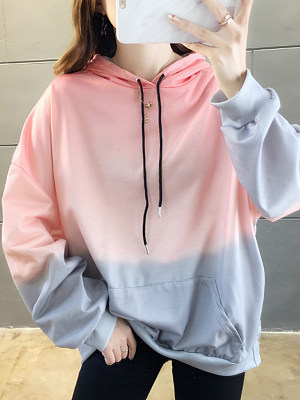 Women's Stylish Gradient Print Hoodie gender:woman, season:autumn,winter,spring, texture:polyester, pattern_type:gradient, sleeve_length:long sleeve, sleeve_type:regular sleeve, style:japan and south korea, collar_type:hat collar, dress_occasion:daily, bust:124,clothing length:68,shoulder width:62,