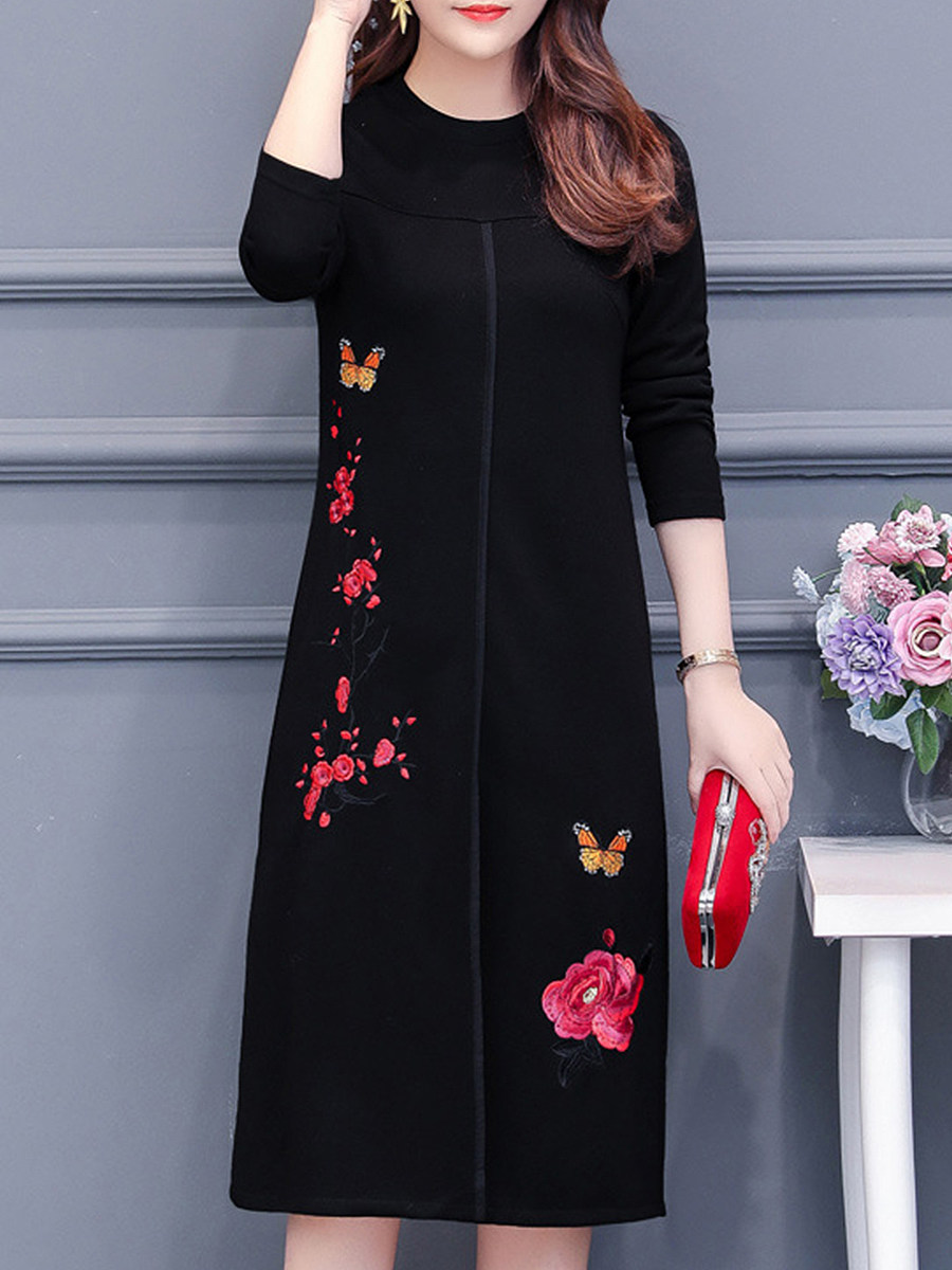 BerryLook Round Neck Long Sleeve Plus Size Embroidered Shift Dress