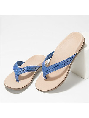 BERRYLOOK / Hollow carved massage bottom flat bottom flip flops