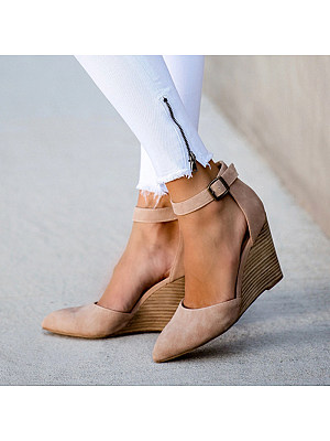 Women Brief Belt Buckle Pointed High Heels, 10862440