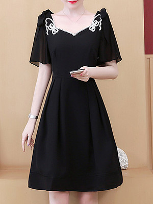V-Neck Printed Skater Dress, 23685455