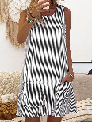 Round Neck Sleeveless Pocket Striped Print Dress