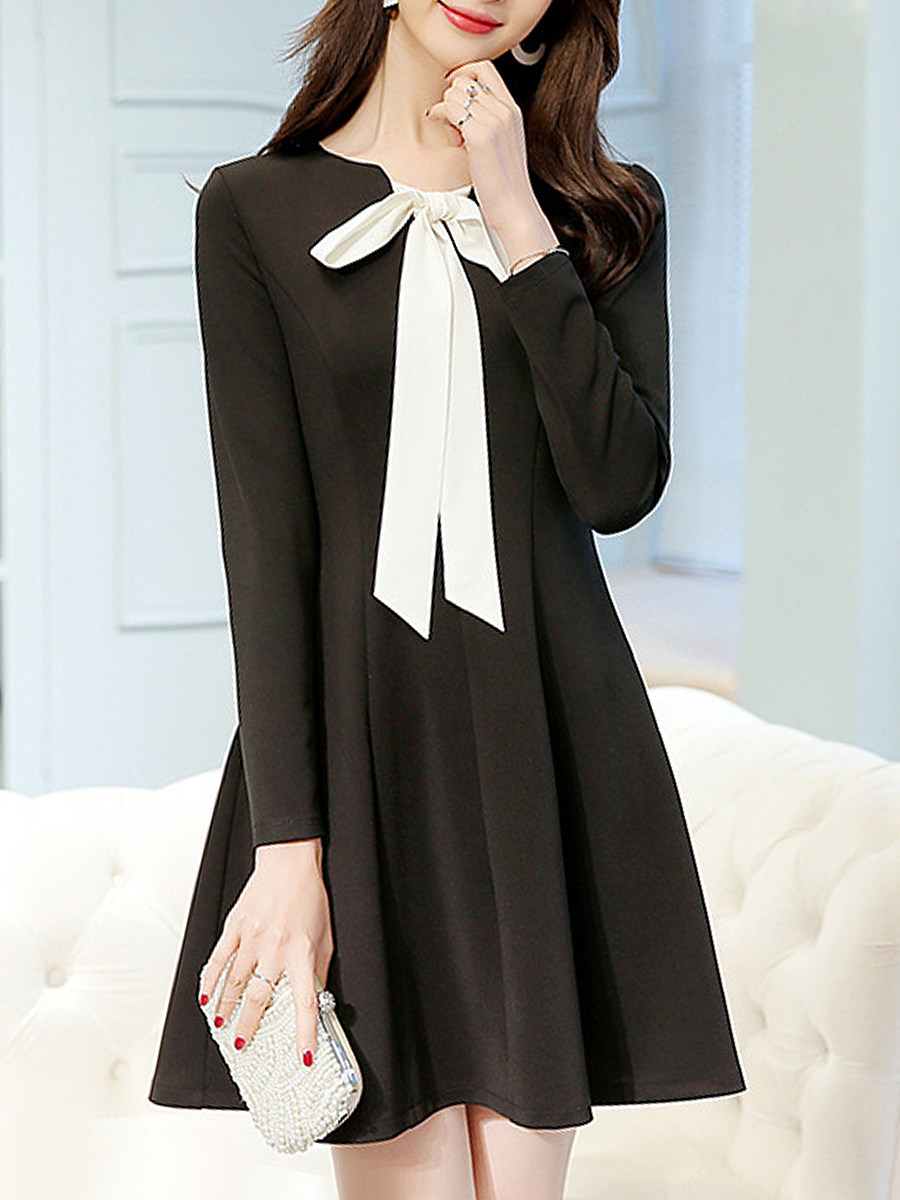 Round Neck Color Block Bow-knot Decor Shift Dress - from $19.95