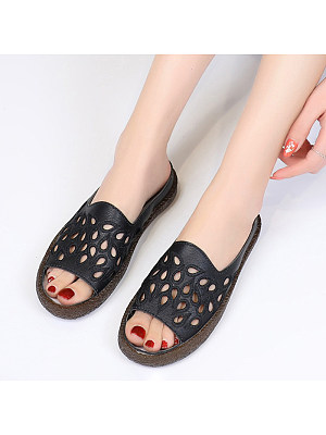 Comfortable hollow sandals