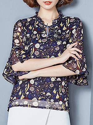 Tie Collar Floral Bell Sleeve Blouse, 11332430