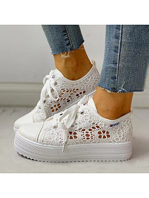 Stylish and comfortable lace screen shoes фото