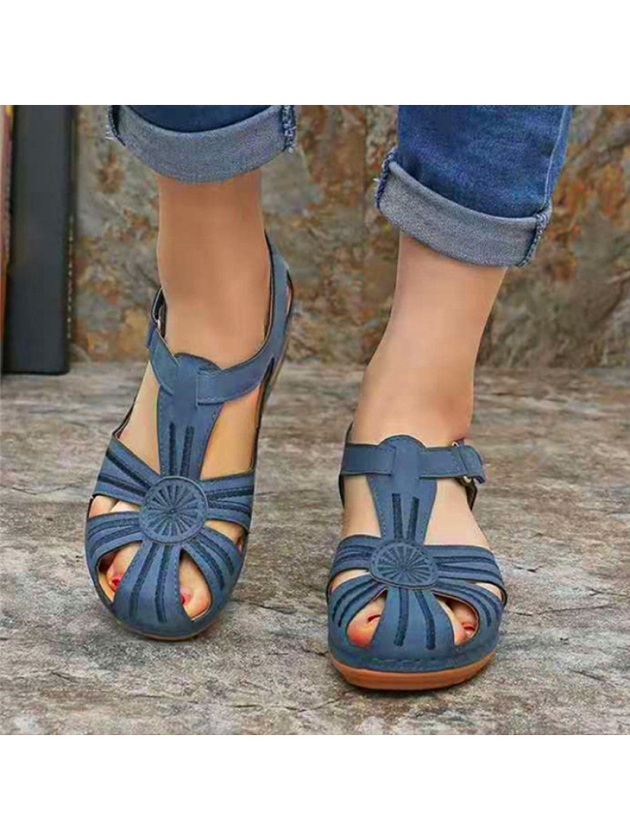 Women's Casual Solid Color Hollow Sandals