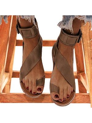 Roman buckle flat sandals, 23604763