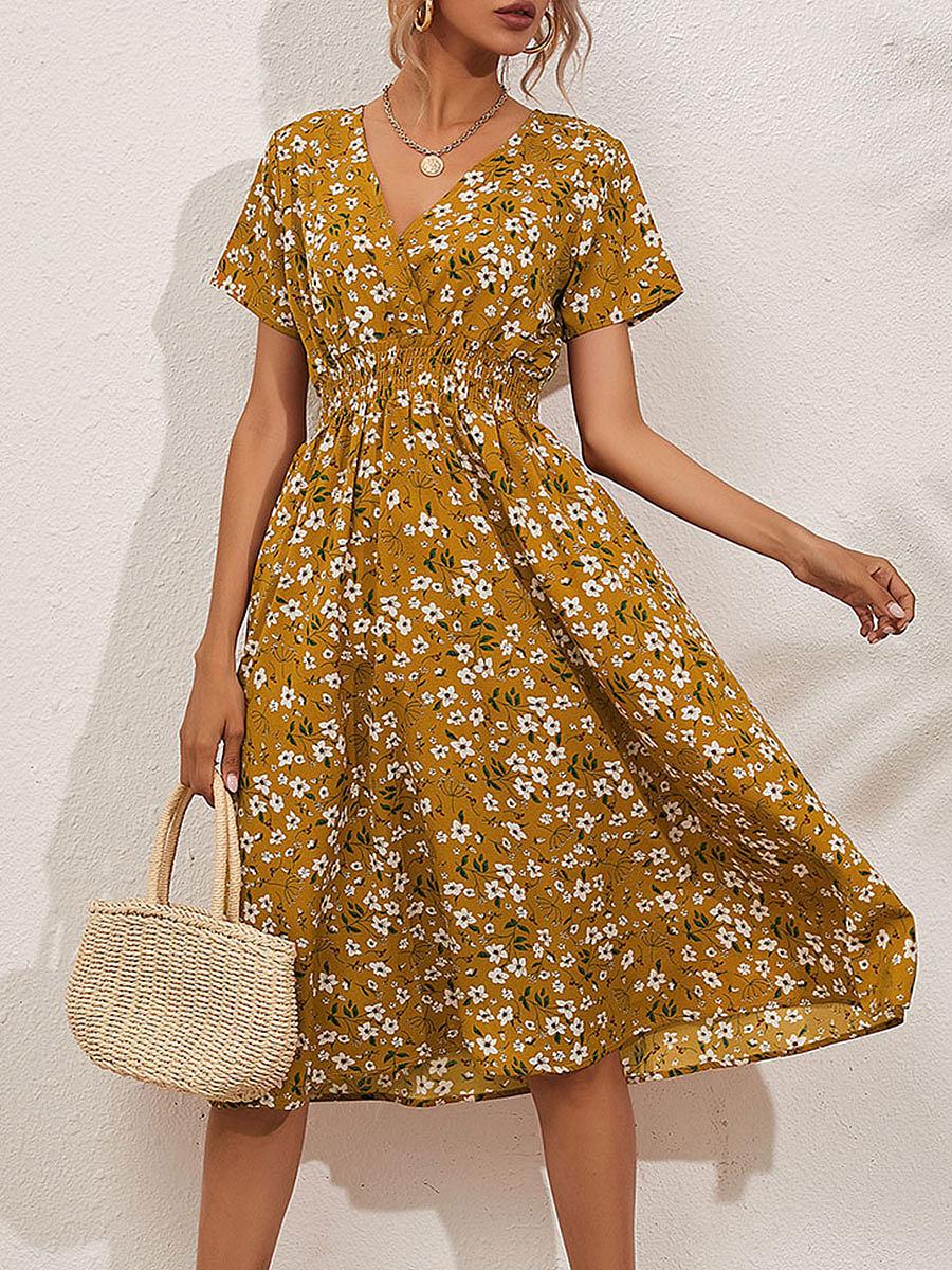 Floral short-sleeved V-neck dress
