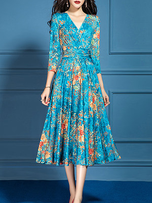 V-Neck Printed Maxi Dress фото