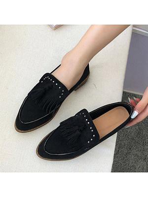 Fashion Women Tassel Rivet Pointed Toe Flats, 10681121