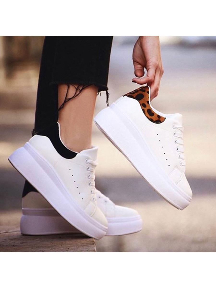 BerryLook Women's comfortable flat sneakers