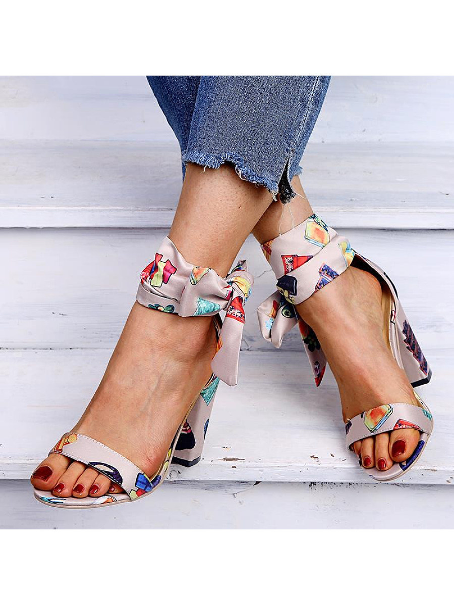Bow-heeled sandals
