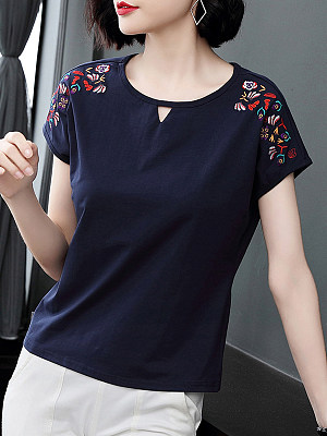 Round Neck Embroidery Short Sleeve T-shirt фото