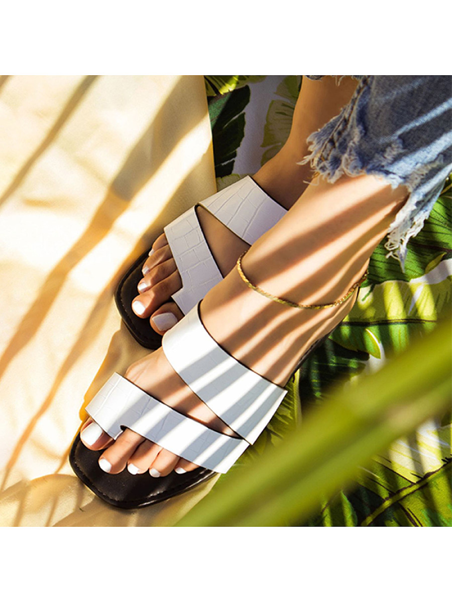 BerryLook Women's fashion flat slippers