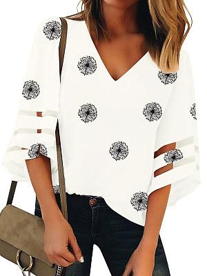 V Neck Print Bell Sleeve Blouse, 24189518