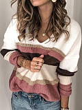 Image of Contrasting Color V-Neck Long-Sleeved Sweater