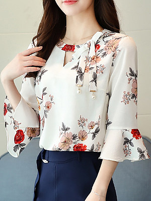 Round Neck Floral Printed Bell Sleeve Blouse, 11301215