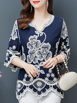 Lace Stitching Pullover